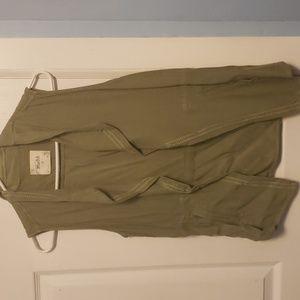 Mudd army green sleeveless jacket top